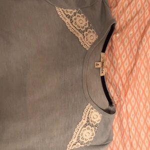 Rewind Tops - Rewind medium shirt